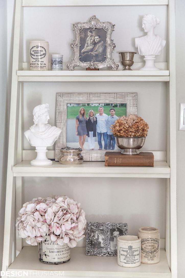 Back entry foyer shelf unit