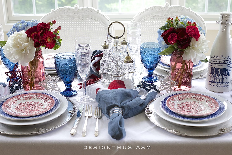 July 4th Champagne Breakfast   Designthusiasm.com