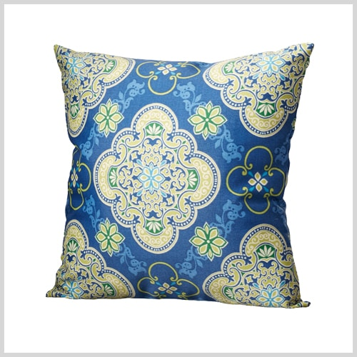 Decorative Pillow Trends 2016 : 20 Summer Updates Inspired by Next Year s Fashion Trends
