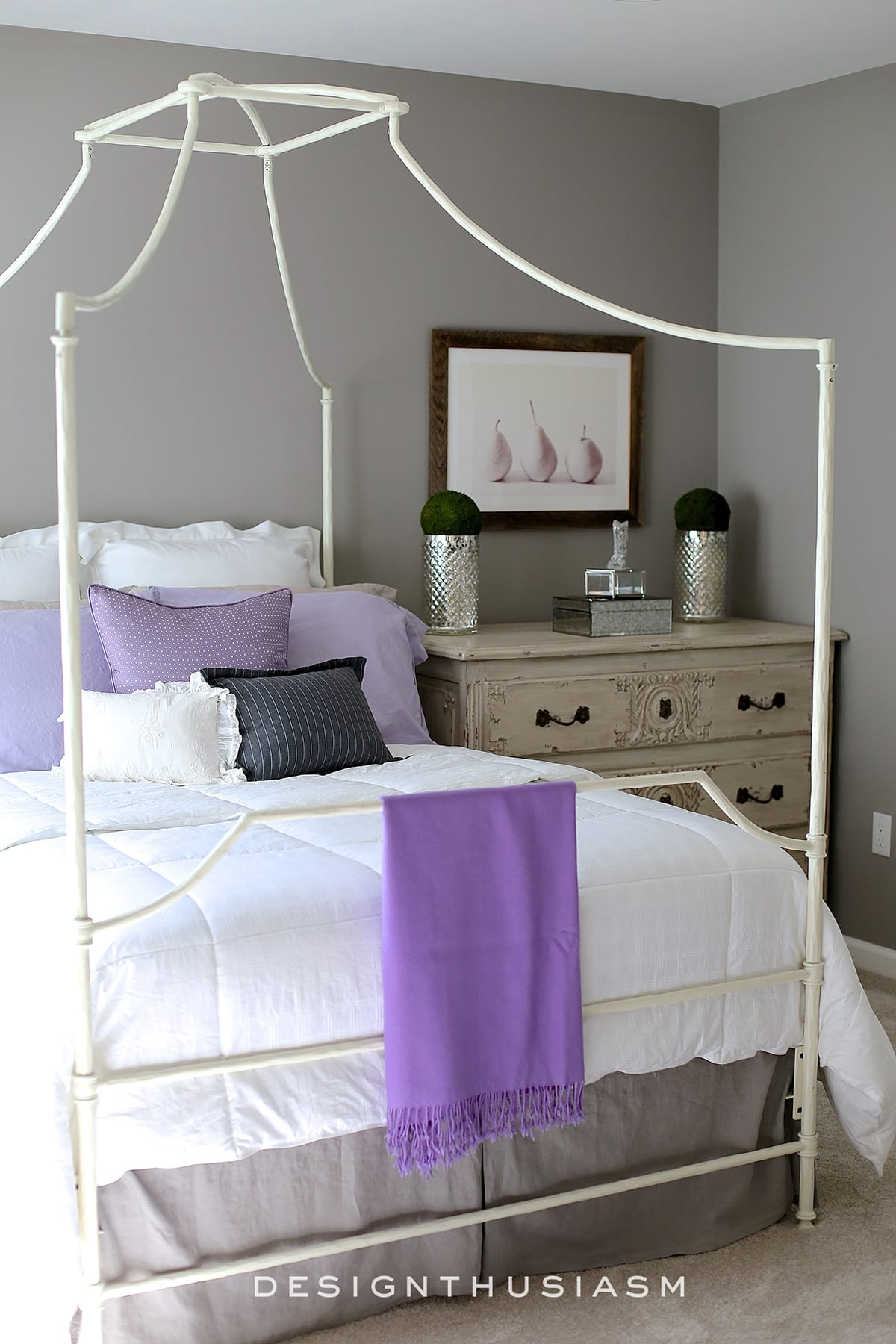 Townhouse Tour Upstairs | Lilac & Grey Bedroom | Designthusiasm.com