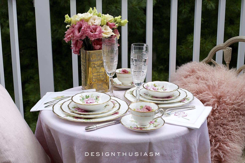 Dining al Fresco on the Patio | Designthusiasm.com