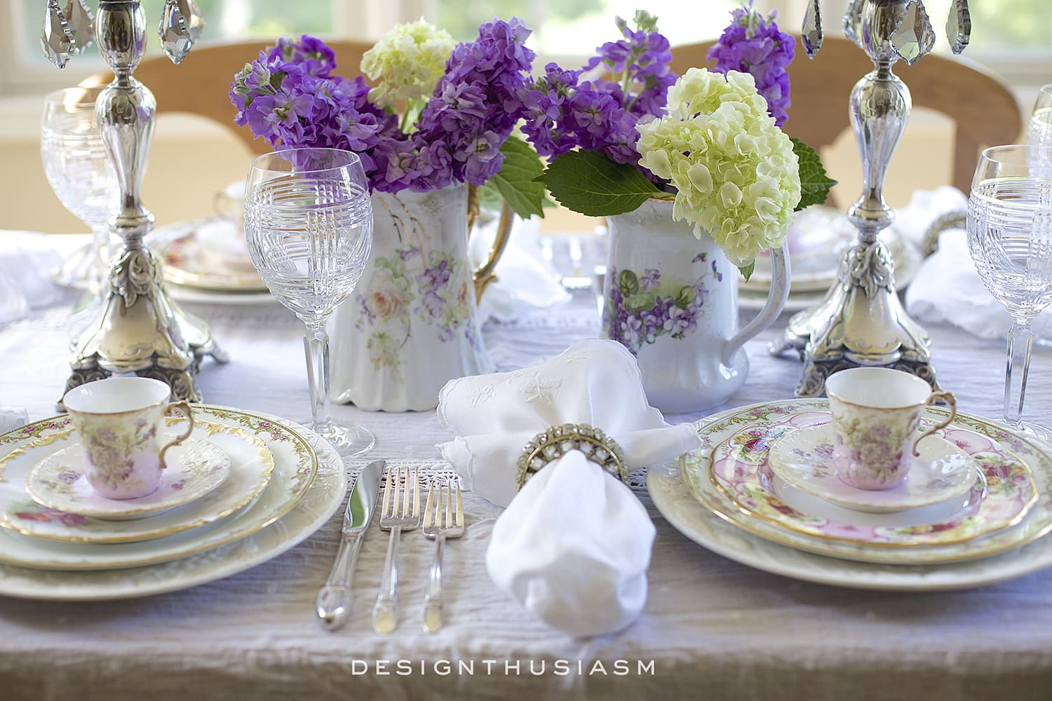 How to set a beautiful table with vintage china | Designthusiasm.com