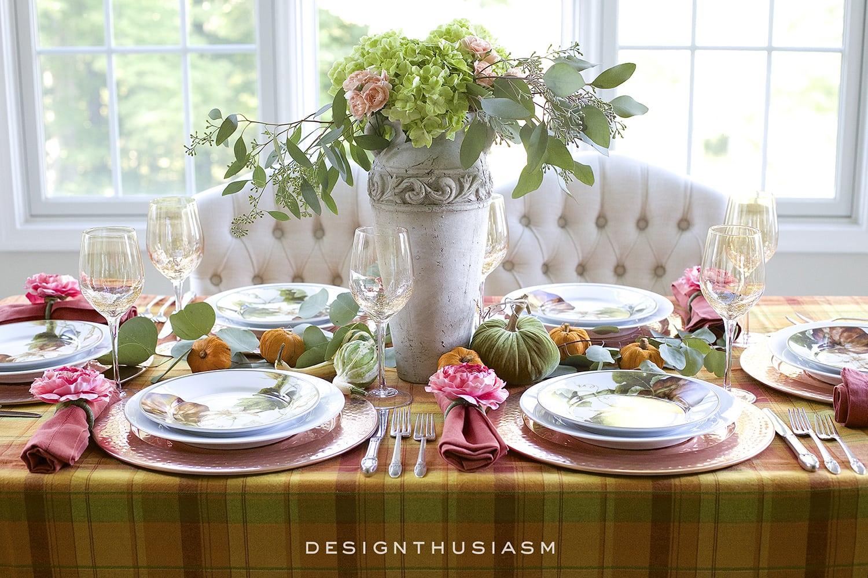 Autumn Color in a Fall Tablescape | Designthusiasm.com