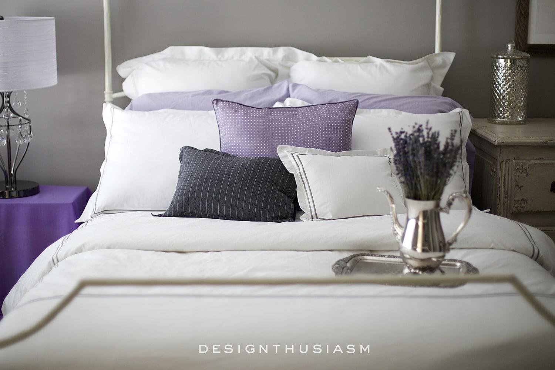 Classic Hotel Bedding in the Grey Bedroom | Designthuisasm.com