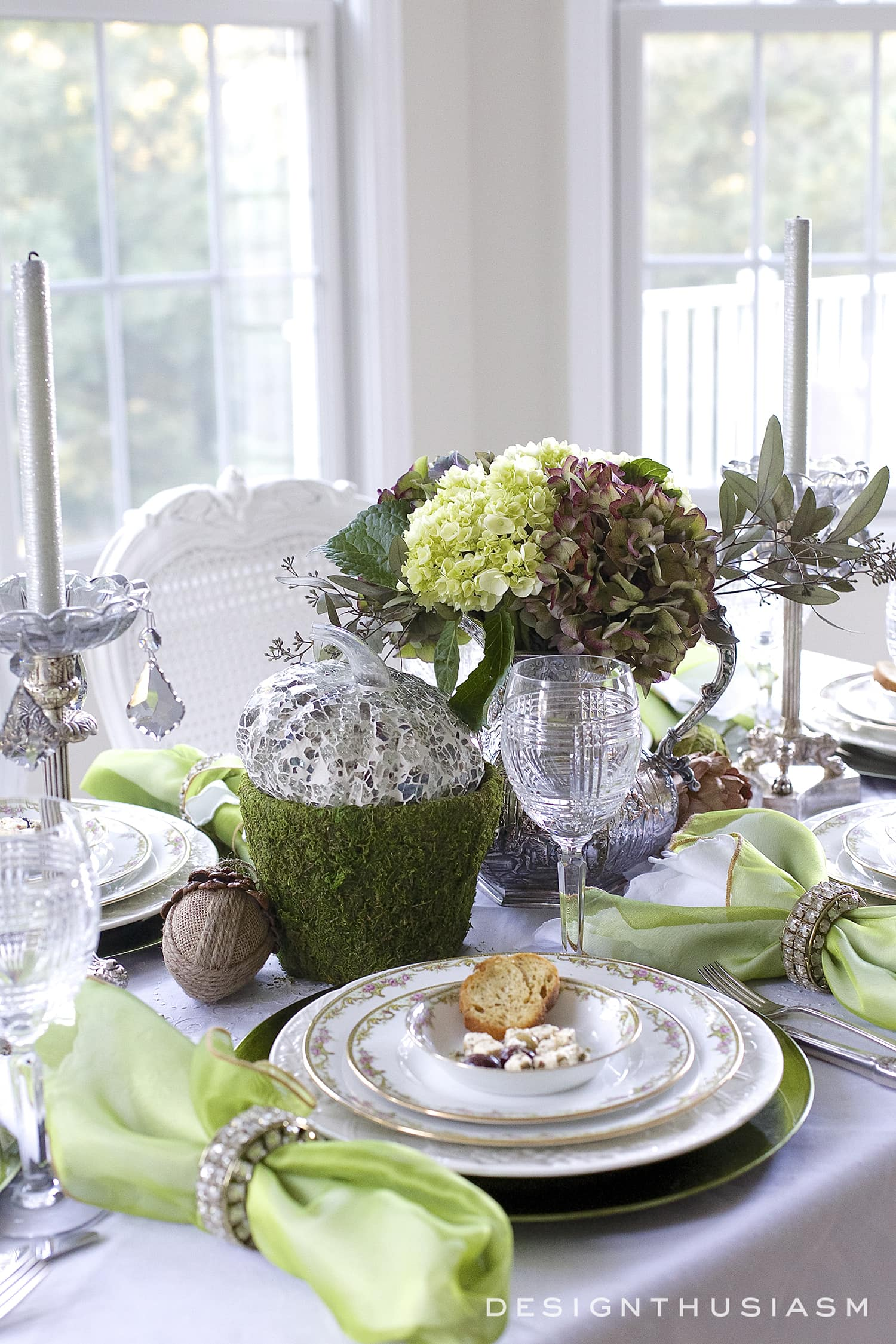 Good Mixing Casual And Formal In A Tablescape | Designthusiasm.com