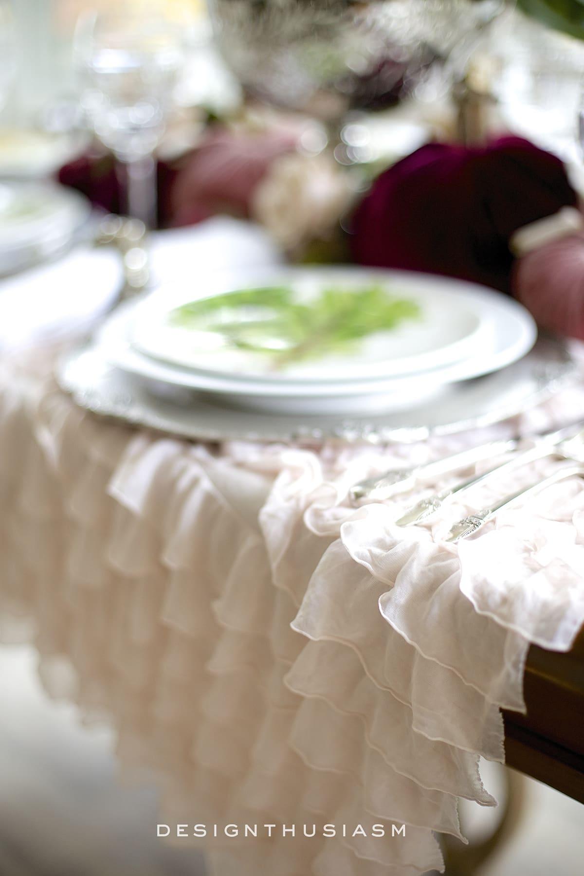Using Velvet Pumpkins in an Elegant Fall Tablescape   Designthusiasm.com