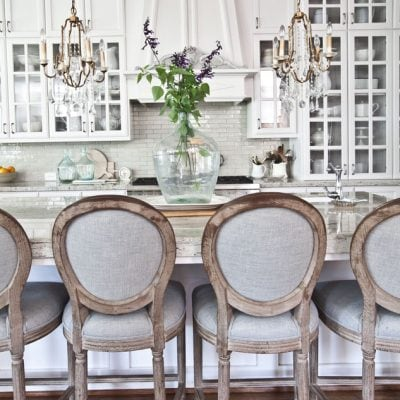 Home Style Saturday | Whites and Neutrals with Bits of Gold