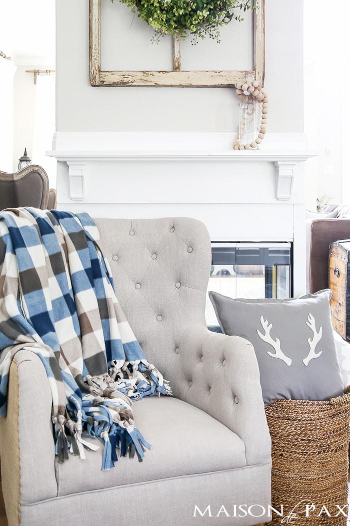 diy-cozy-throw-blanket-4-copy