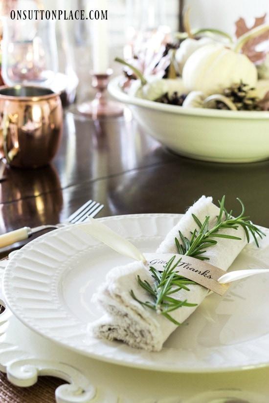 thanksgiving-napkin-holder-diy-printable-on-sutton-place