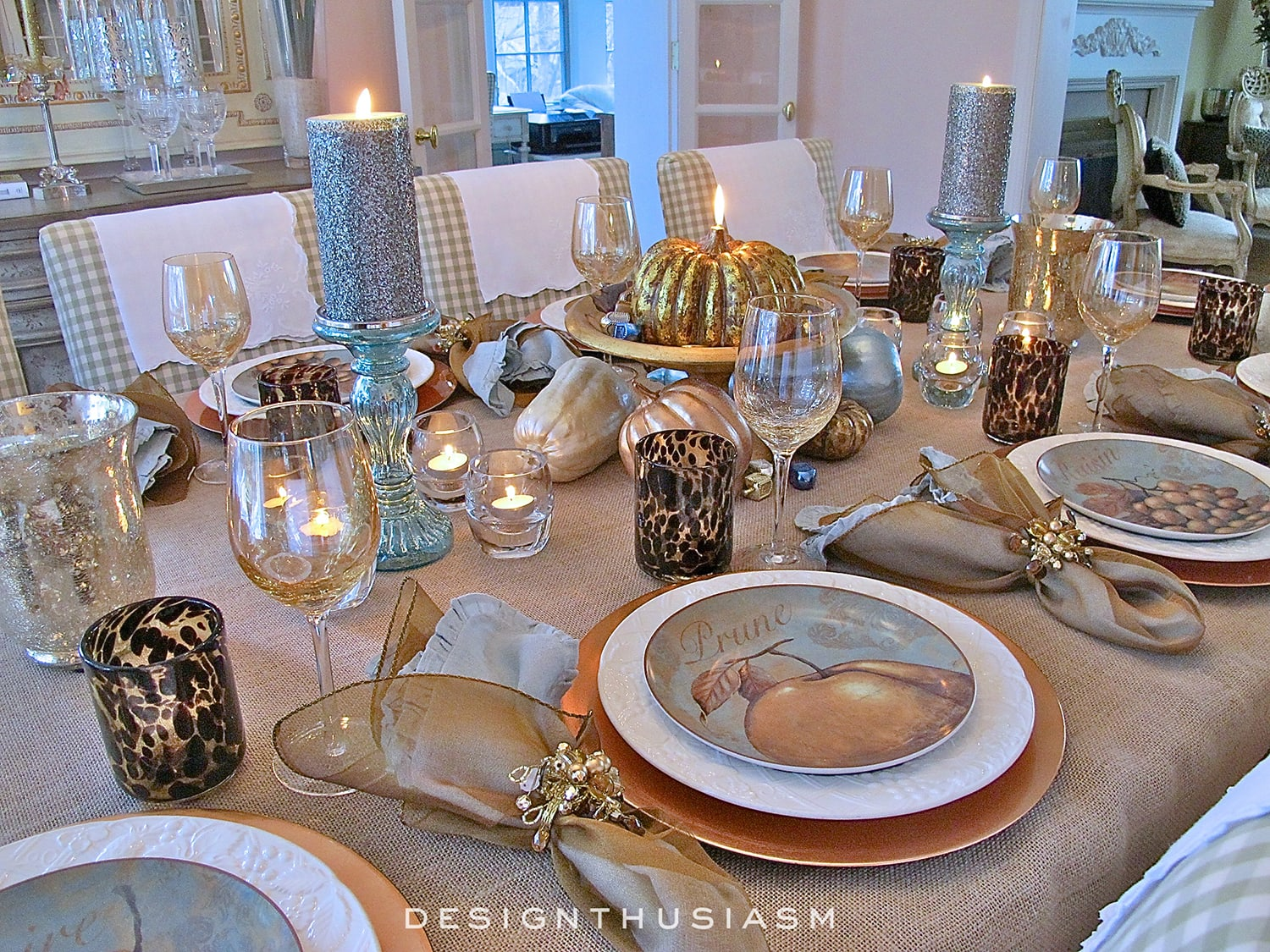 Bronze and Blue Thanksgiving Table | Designthusiasm.com