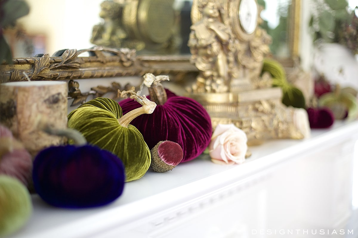 Autumn Mantel with Velvet Pumpkins | Designthusiasm.com