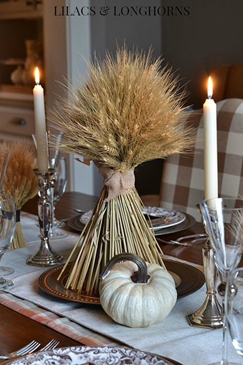 bundle-of-wheat-thanksgiving-centerpiece-lilacs-and-longhorns