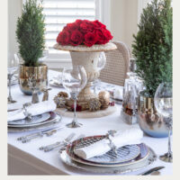 chic holiday table decor