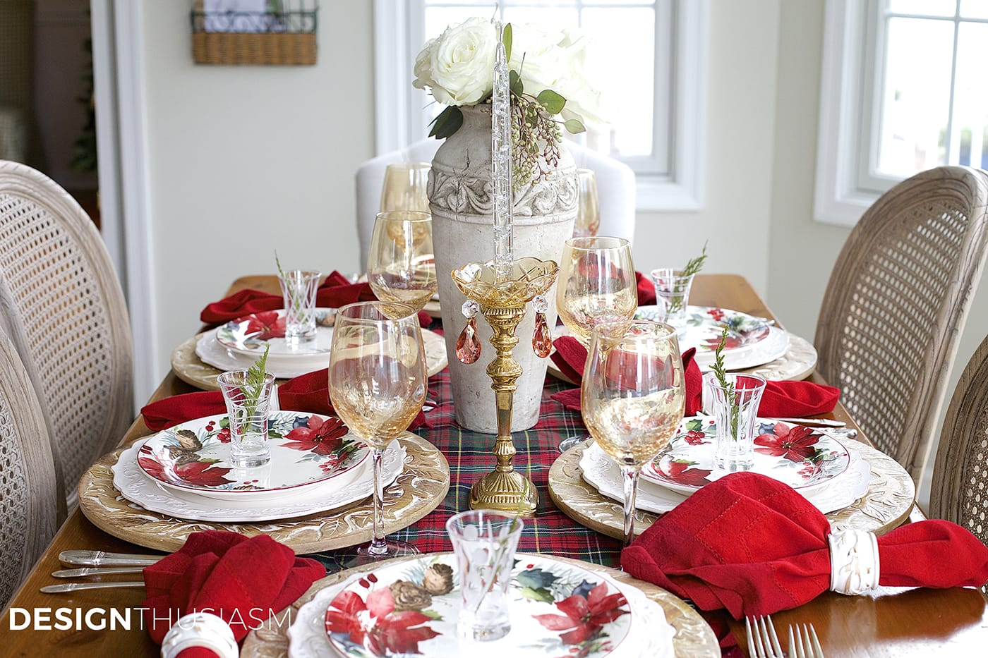 How To Create A Cozy Christmas Tablescape With Floral And