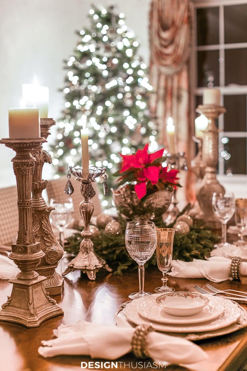 Christmas night lights table setting