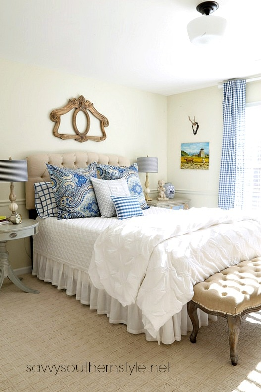 farmhouse-guest-room