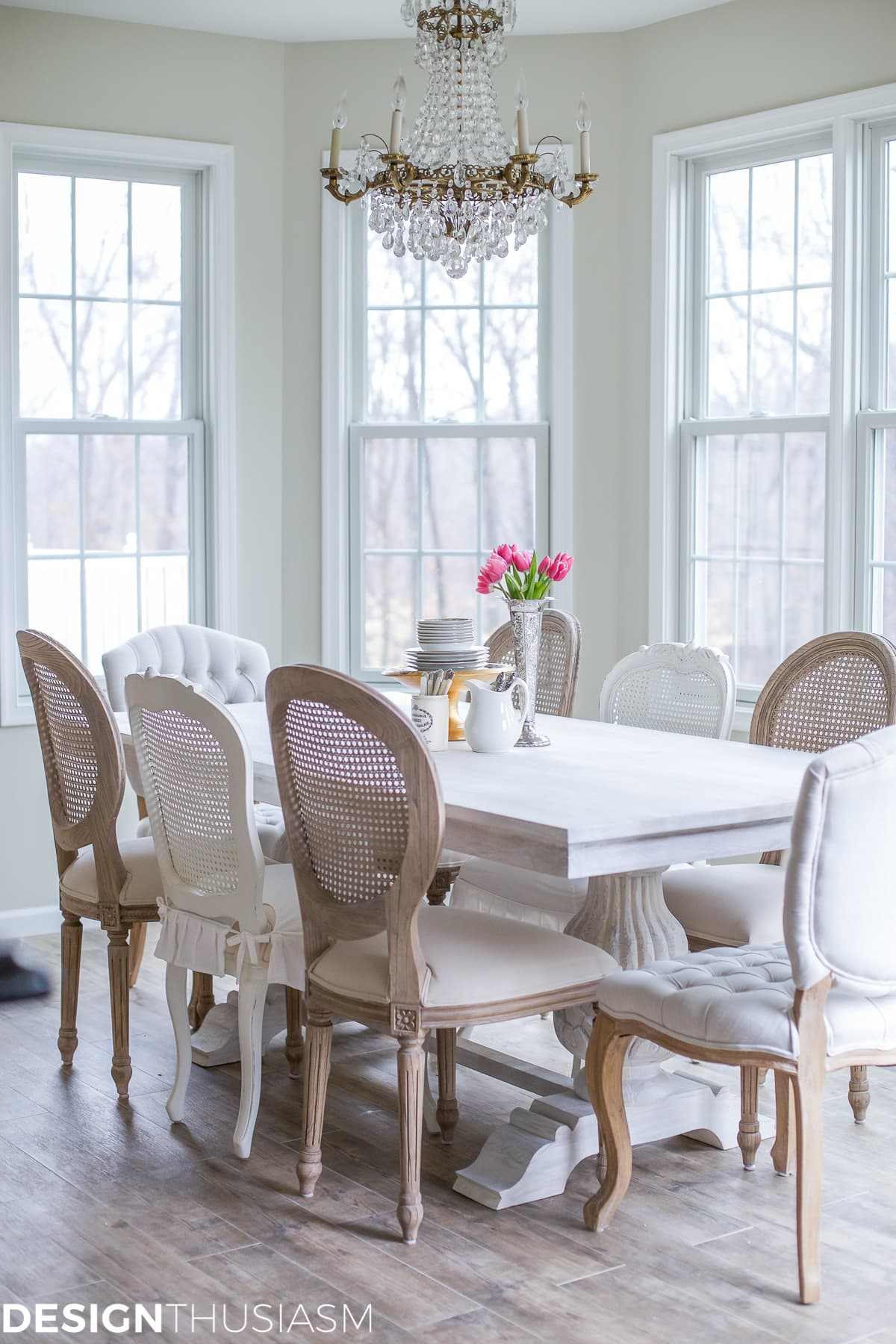 Transforming the Breakfast Room with The Perfect Dining Table | Designthusiasm