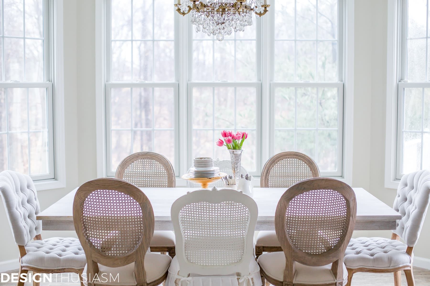 Transforming the Breakfast Room with The Perfect Dining Table   Designthusiasm.com