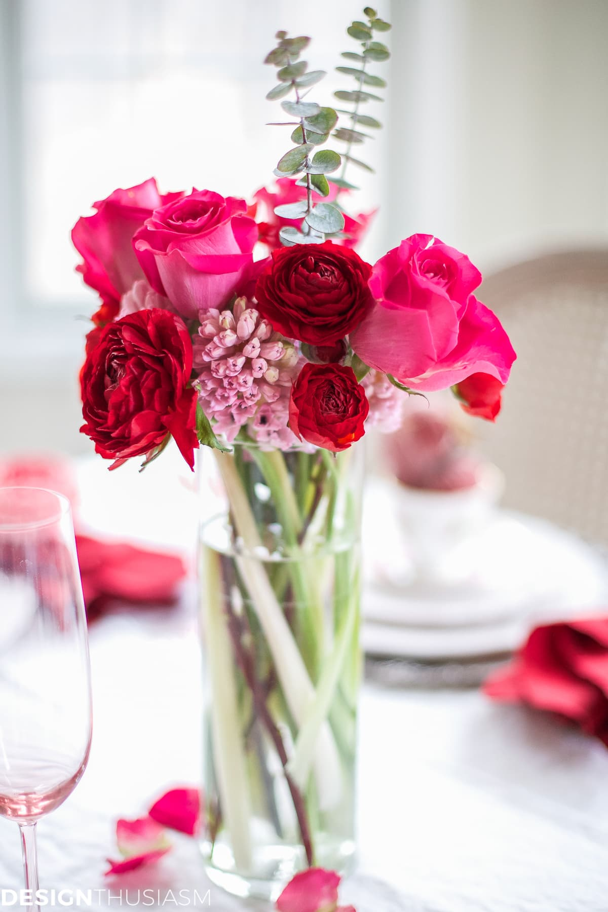 Valentine's Day Decorations: Plush Velvet Hearts Tablescape