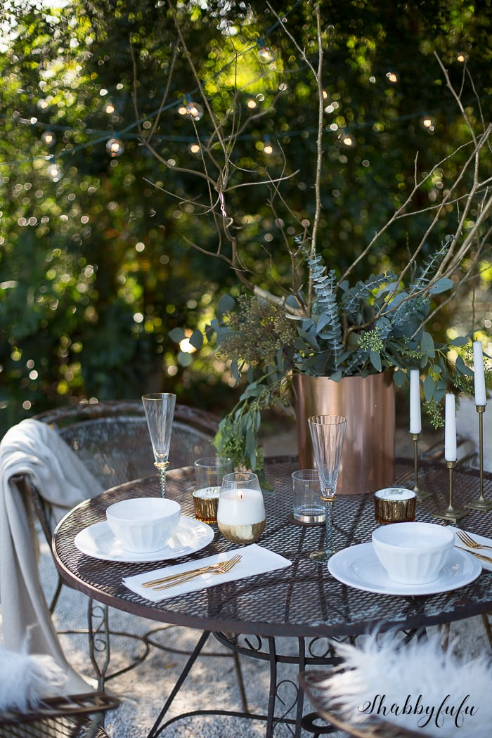 winter-tablescape-outdoors-florida-shabbyfufu
