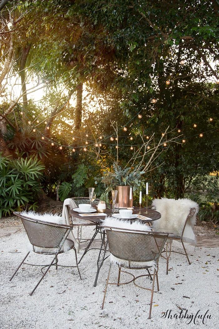 winter-tablescape-outdoors-florida-shabbyfufu-15
