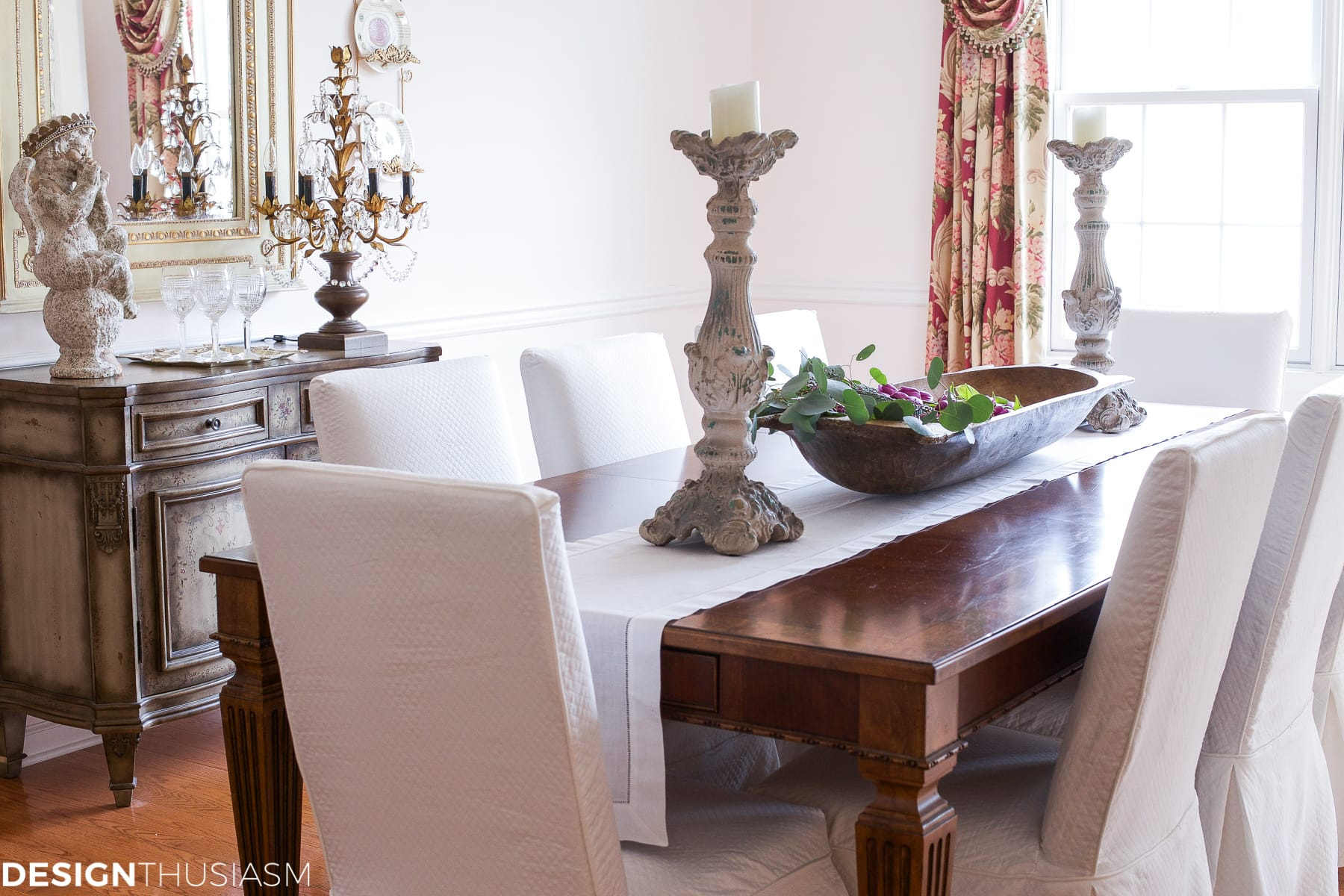 Elegant dining rooms | French dining table | Designthusiasm.com