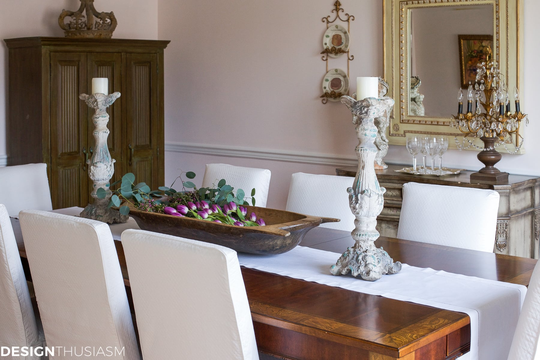 Elegant dining rooms | Country French dining room | Designthusiasm.com