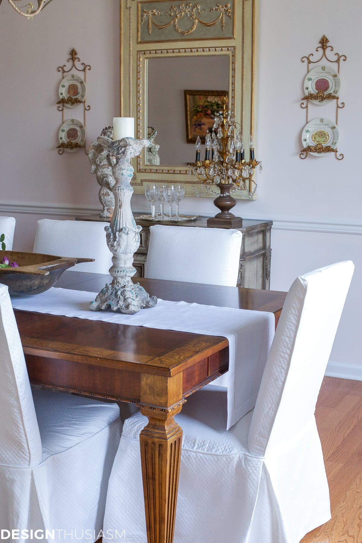 Elegant dining rooms | modern French Country | Designthusiasm.com