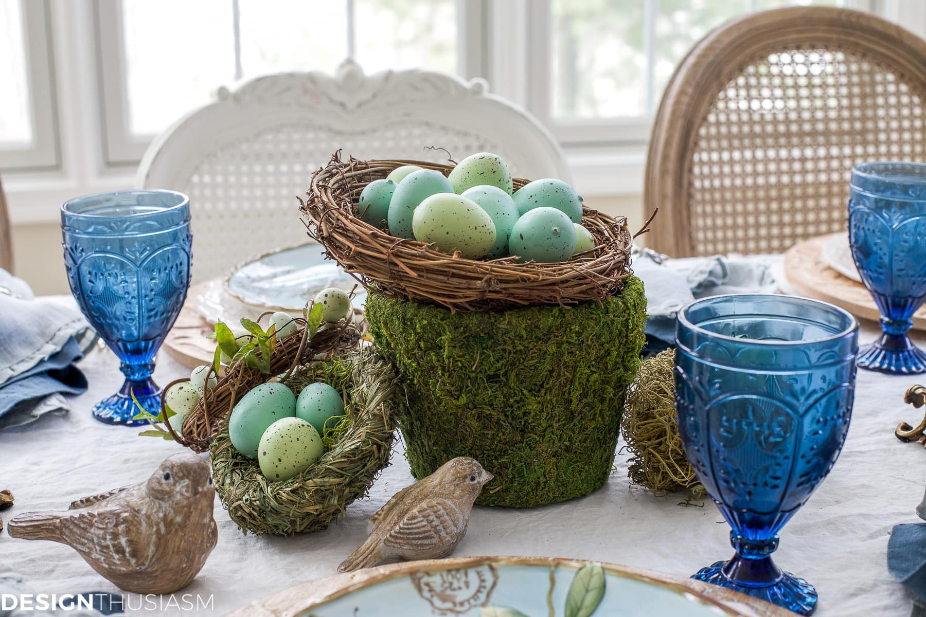 Elegant easter table decorations for a holiday brunch - Easter table decorations meals special ...