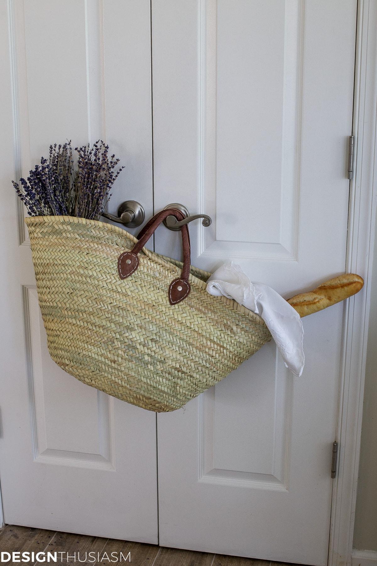 Spring Room Decor   6 ways to add spring cheer to your home   designthusiasm.com