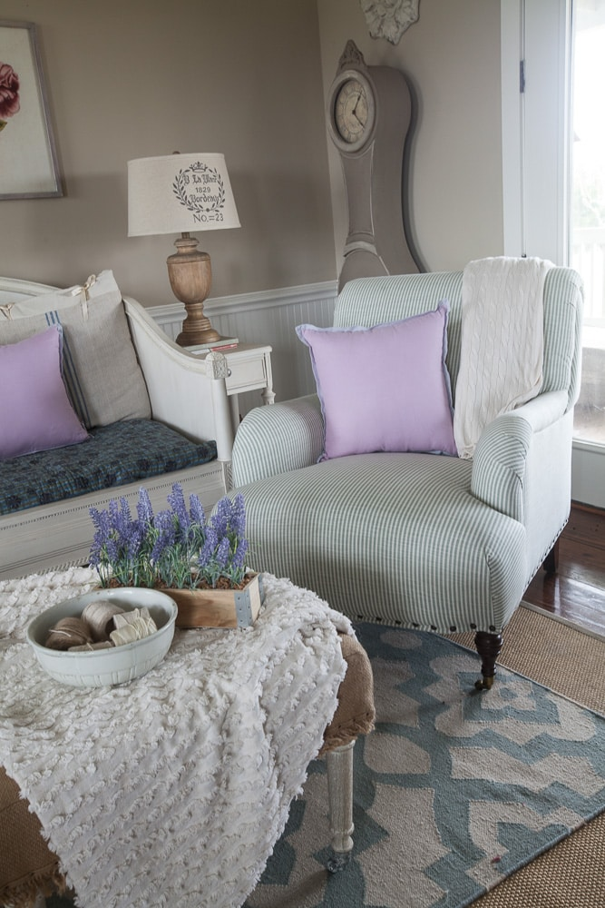 A Fast Track To Adding Blue Accents In Your Home