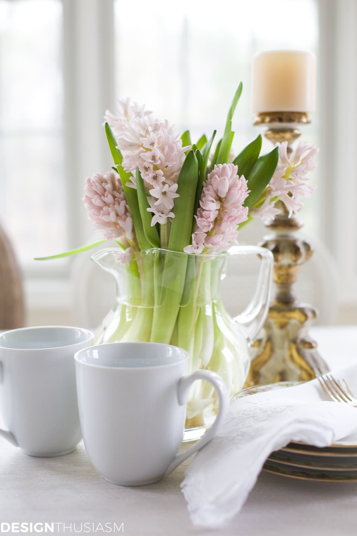 French Country breakfast table with pink hyacinths | designthusiasm.com