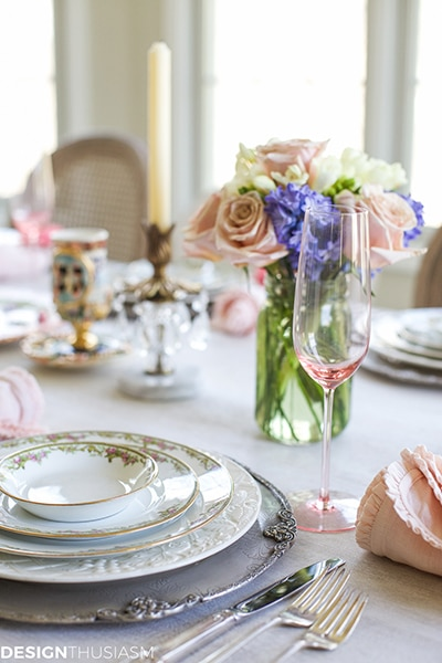 Spring Table | Pretty Pastels for a Sweet Occasion | Designthusiasm.com