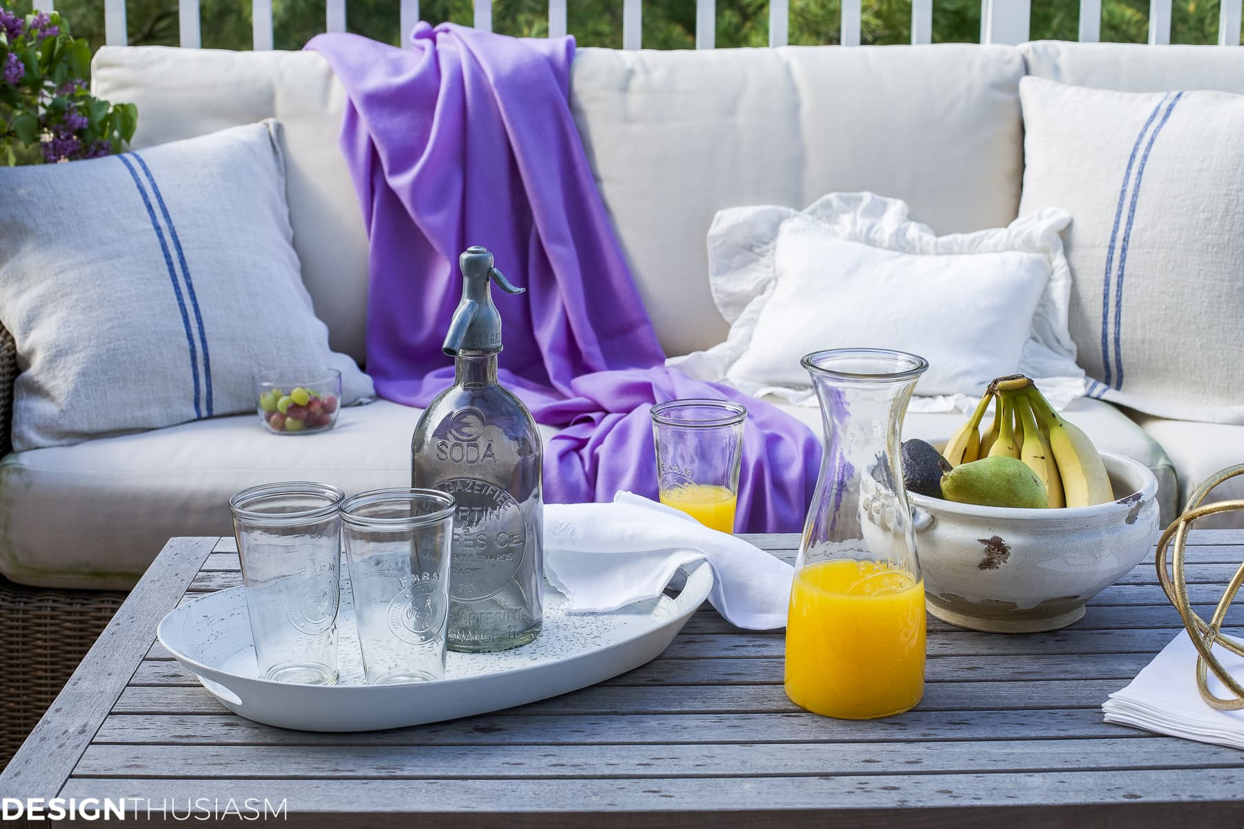 Patio Decor | Adding Summer Style With Outdoor Accessories - designthusiasm.com