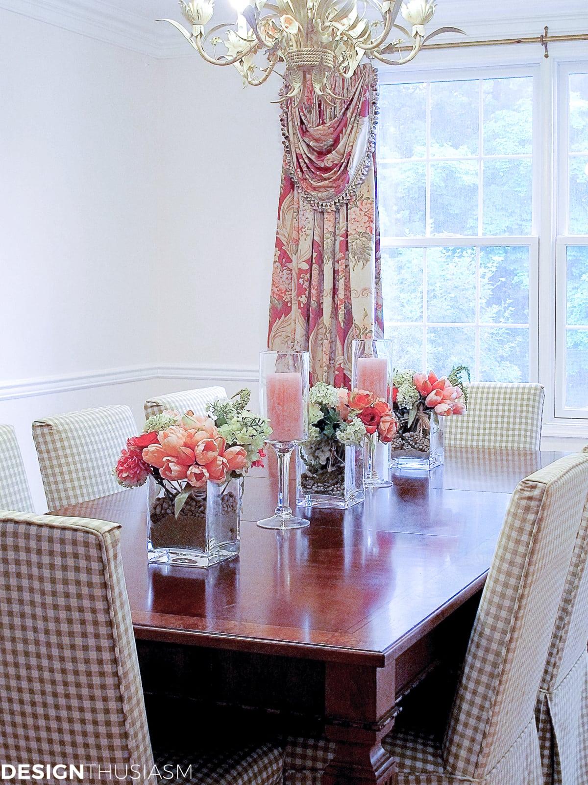 Rosy Dining Room - designthusiasm.com
