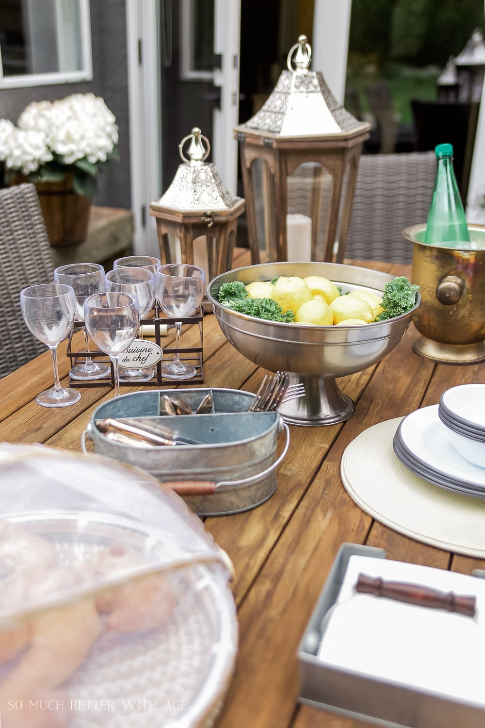 how-to-set-casual-outdoor-table-french-vintage-style-102