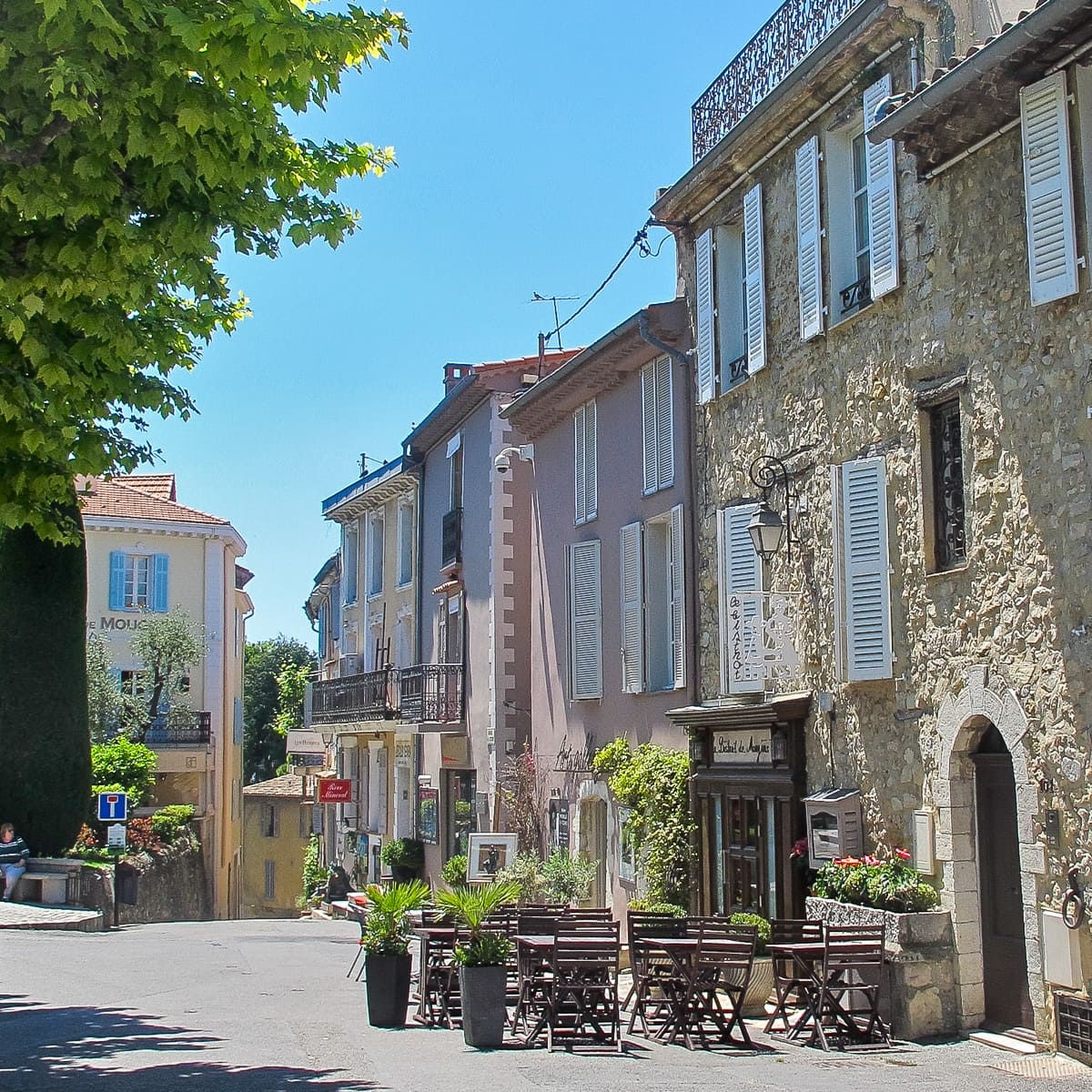 Summer Vacation   South of France - designthusiasm.com