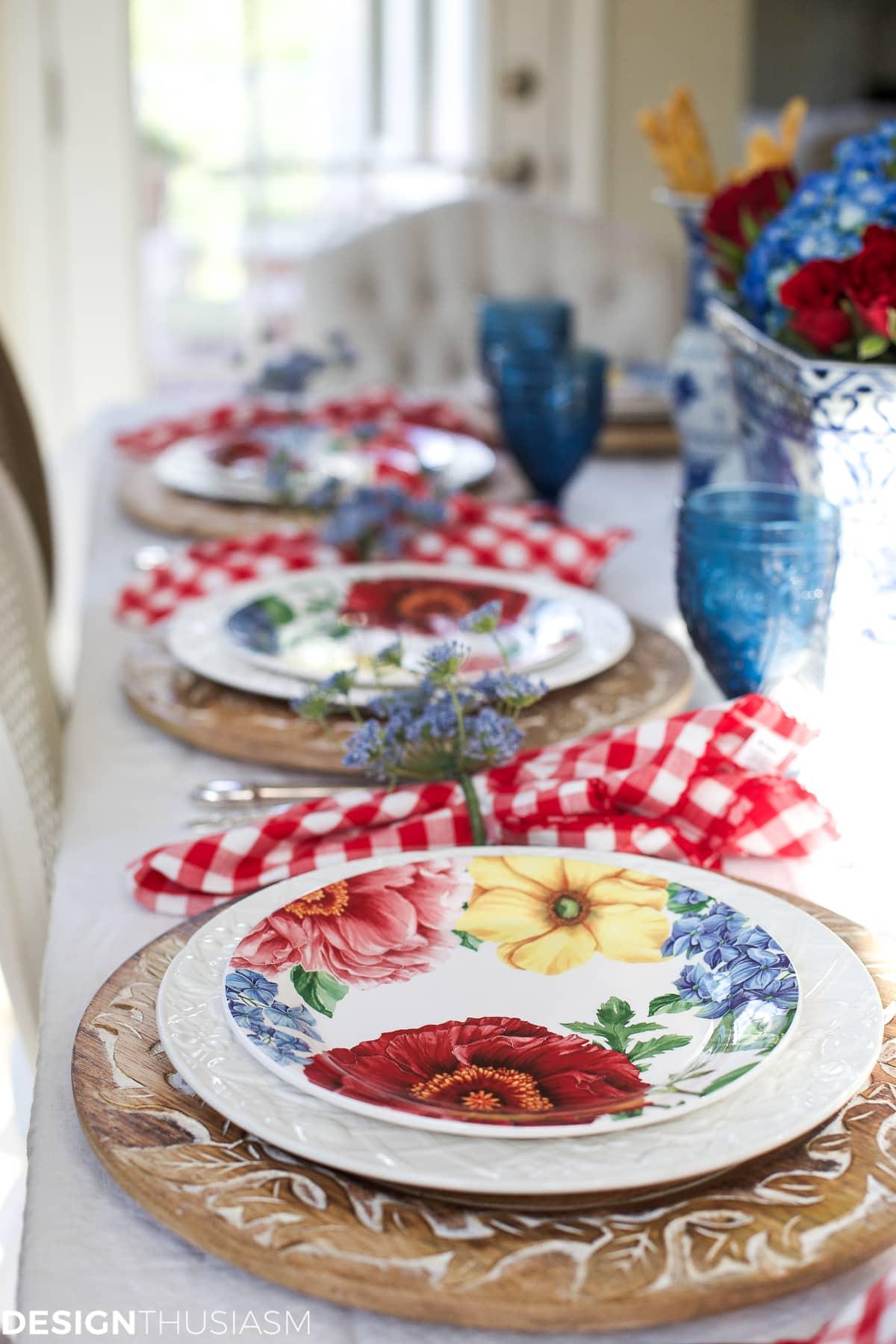 Garden party decorations   Tabletop tips for summer entertaining - designthusiasm.com