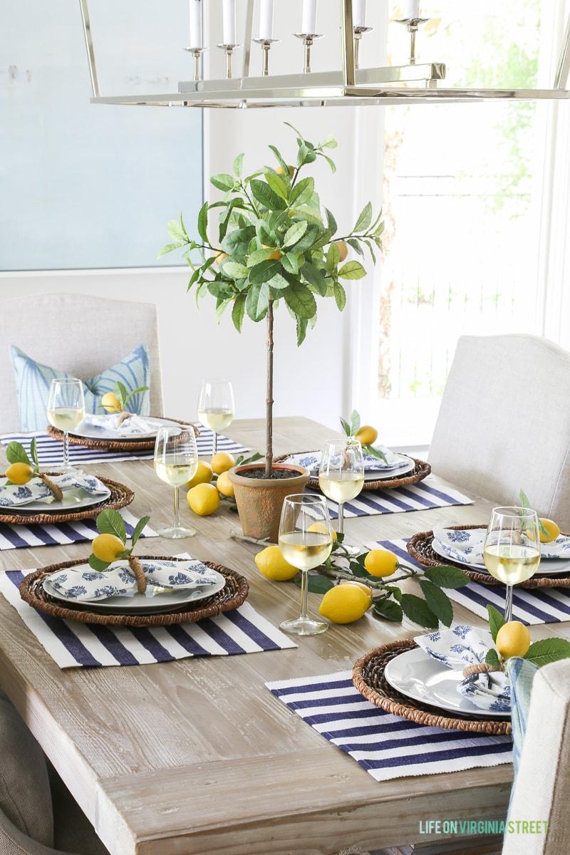 lemon-stripes-summer-tablescape