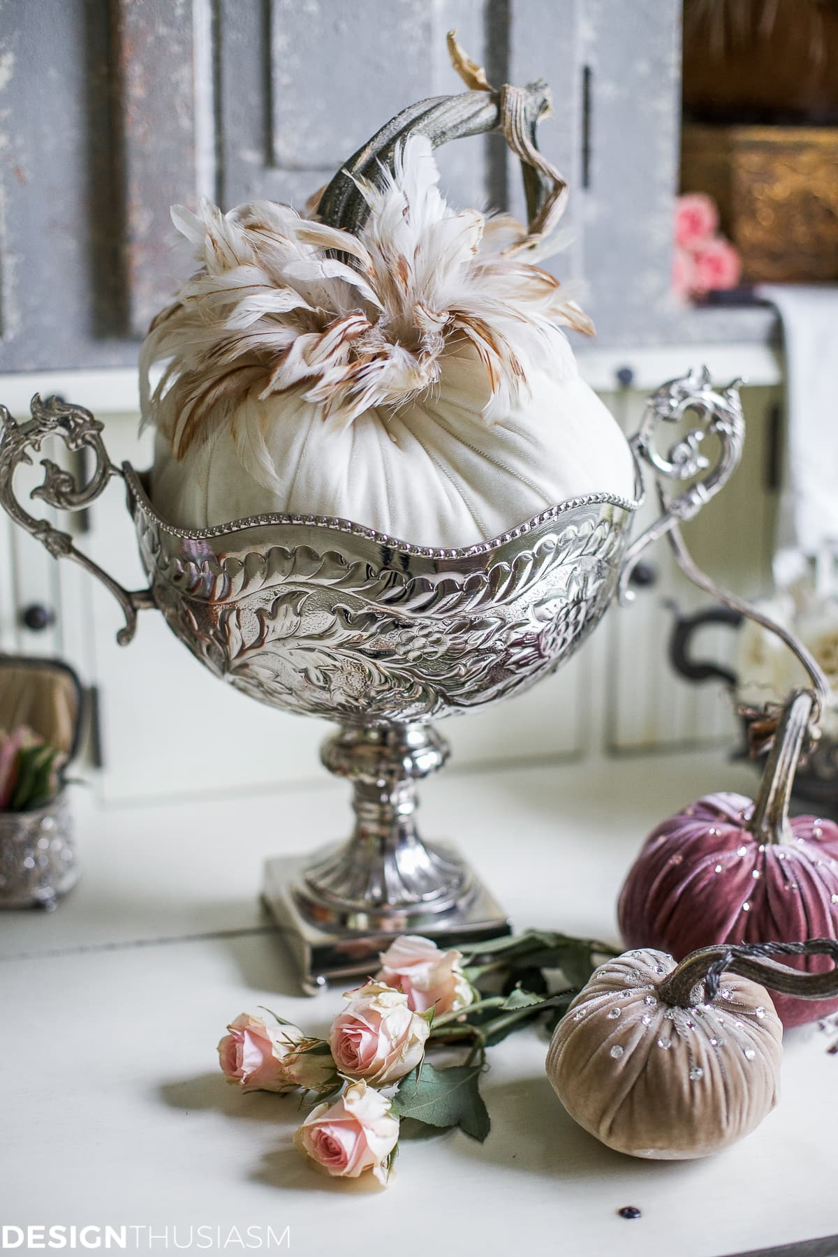 Introducing Fall Decor to Your Home with Neutral Pumpkin Styling - designthusiasm
