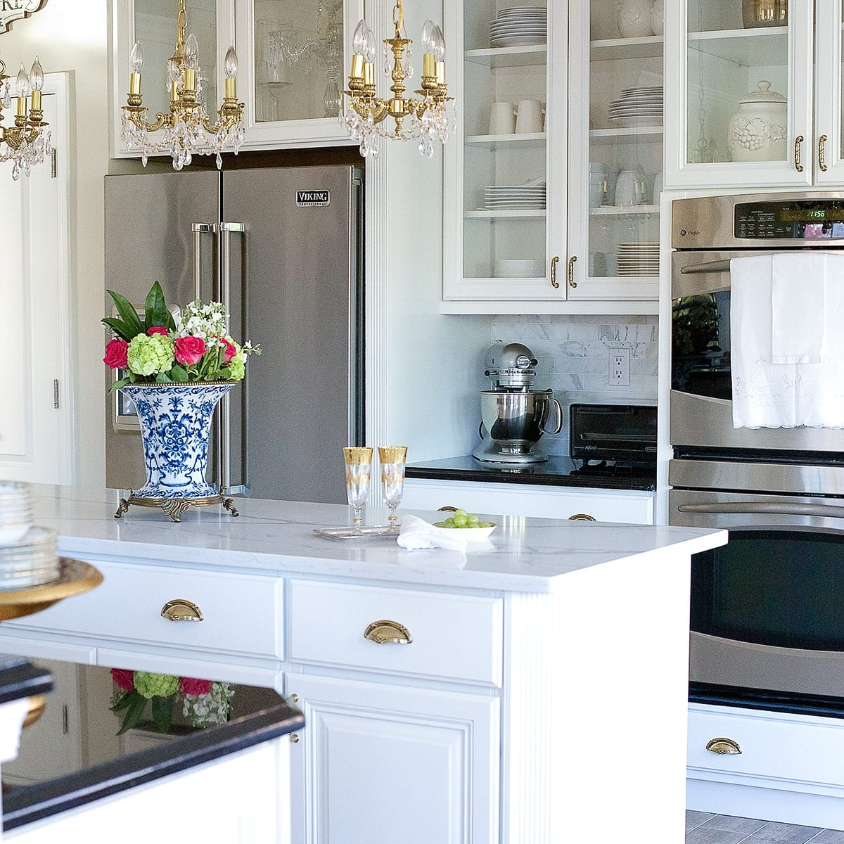 A Dramatic Kitchen Renovation Without Removing Cabinets