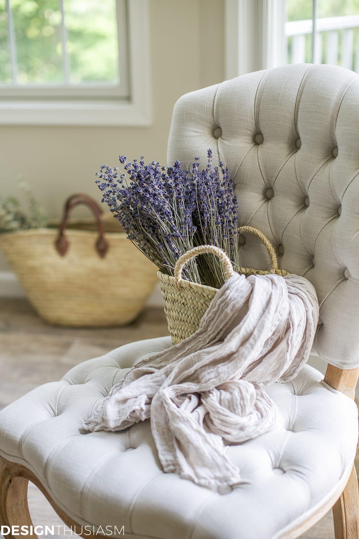 Summer lavender-designthusiasm.com