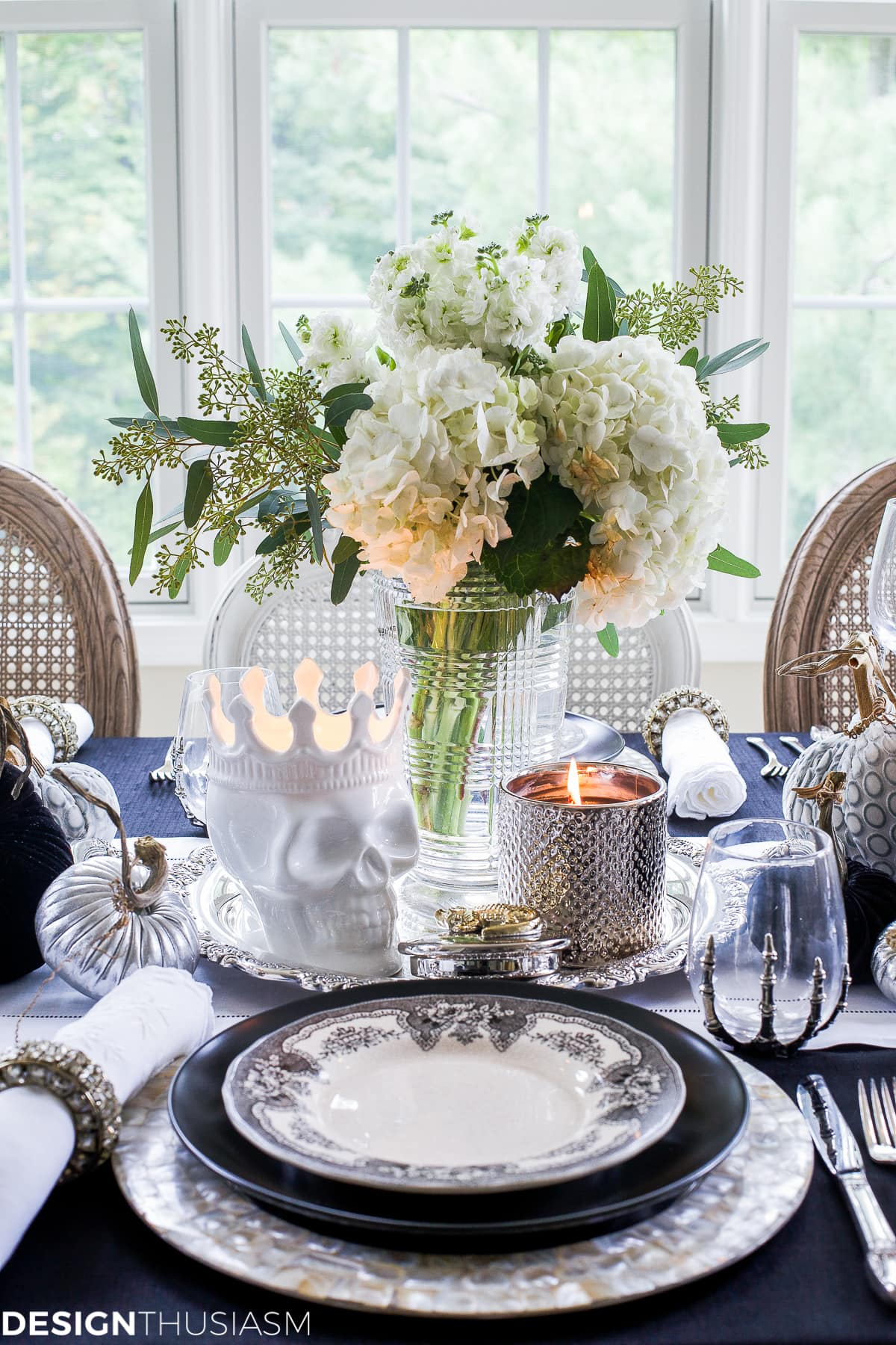 Black and white table top ideas for an elegant halloween dinner for White house fall garden tour 2017
