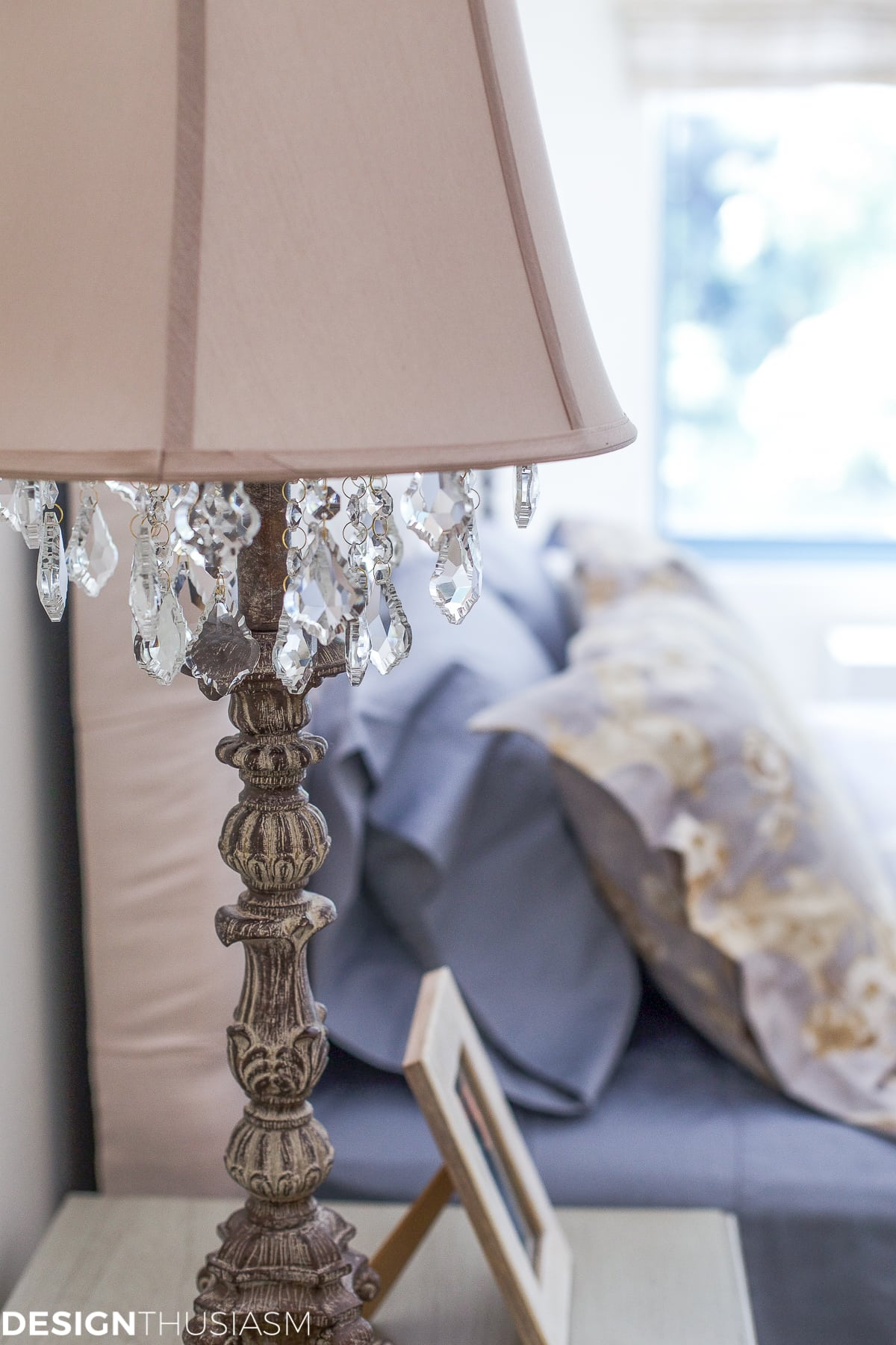 Downsizing Tips - How to keep the bedroom light and bright - designthusiasm.com
