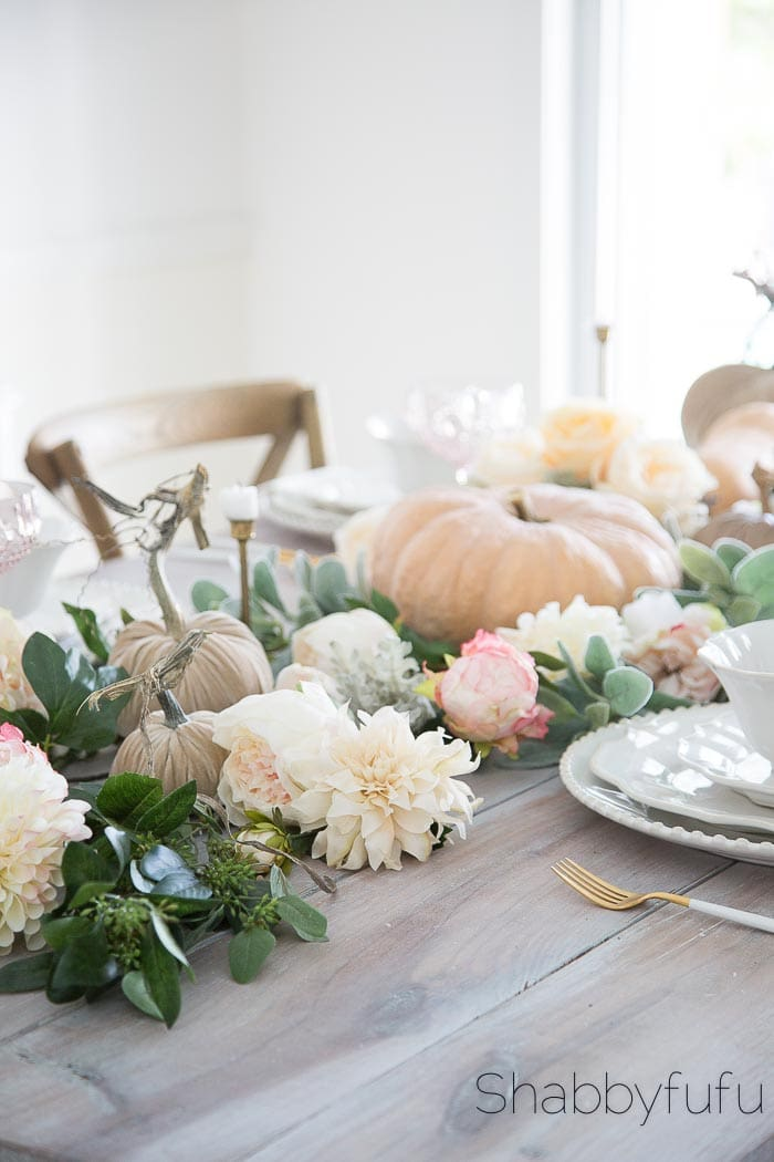 How-To-Style-Artificial-Flowers-Centerpiece-Garland-6