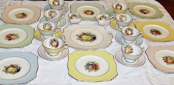 Royal Winton Grimwades 27 Pc Dessert Set