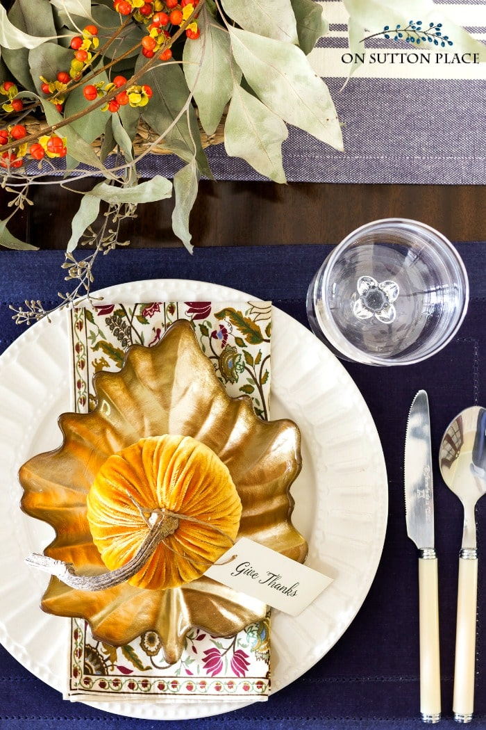 on sutton place natural fall tablescape