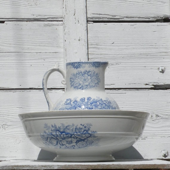 French antique bowl and pitcher
