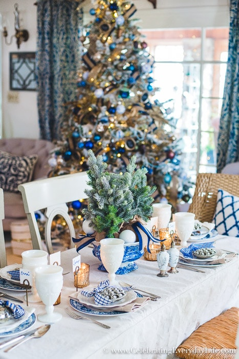 How to make a folding table look stunning for the holidays-1