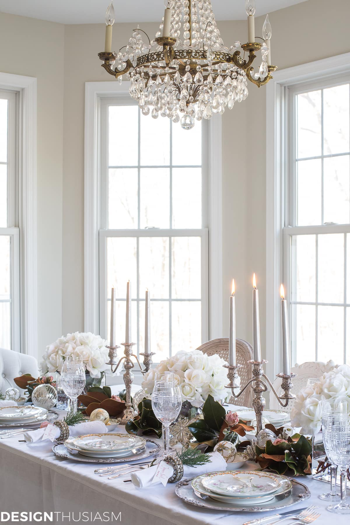 Holiday Table Settings: White Roses and Magnolia Leaves